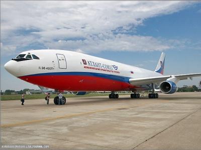 Самолет Ил-96 после модификации превосходит американский Боинг